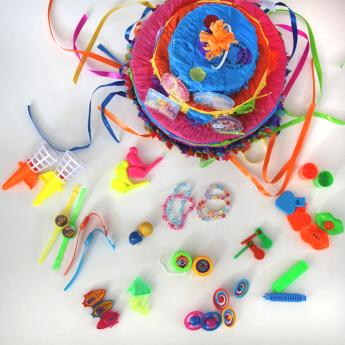 Jouets kermesse et piñata